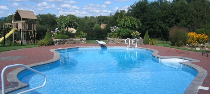 swimming-pools-gardner-ma